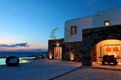 Mykonos | Aleomandra | Executive Villa with Private Pool & Stunning views for rent | Sleeps 12 | 6 Bedrooms | 6 Bathrooms | REF:  18041274 | CODE: CDM-6
