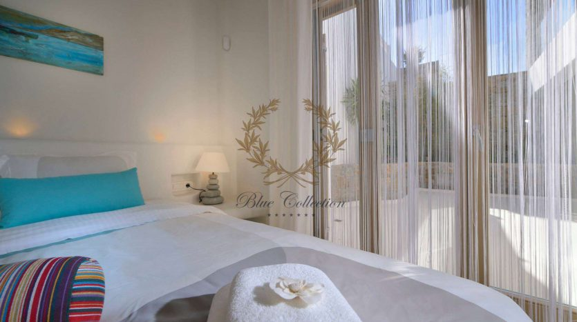 Mykonos-ELIA-–-Delux-Villa-with-Private-Pool-Amazing-view-for-Rent-8