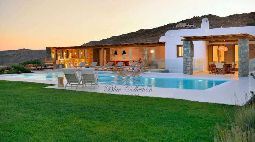 Mykonos-ELIA-–-Delux-Villa-with-Private-Pool-Amazing-view-for-Rent-9