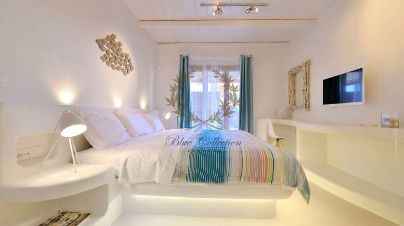 Mykonos-ELIA-–-Delux-Villa-with-Private-Pool-Amazing-view-for-Rent-41