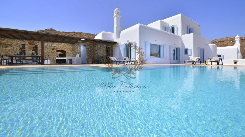 Mykonos-Lia-–-Presidential-Private-Villa-with-infinity-Pool-Stunning-views-for-rent