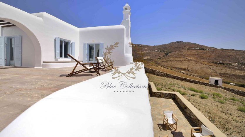 Mykonos-Lia-–-Presidential-Private-Villa-with-infinity-Pool-Stunning-views-for-rent-23