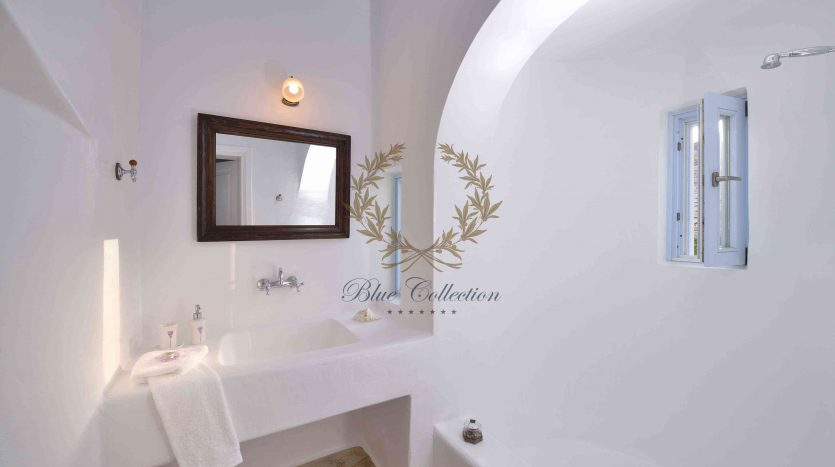 Mykonos-Lia-–-Presidential-Private-Villa-with-infinity-Pool-Stunning-views-for-rent-10
