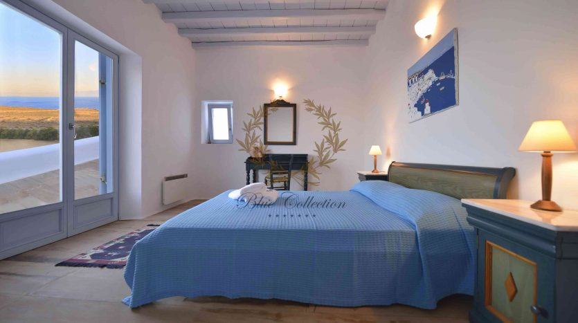 Mykonos-Lia-–-Presidential-Private-Villa-with-infinity-Pool-Stunning-views-for-rent-141