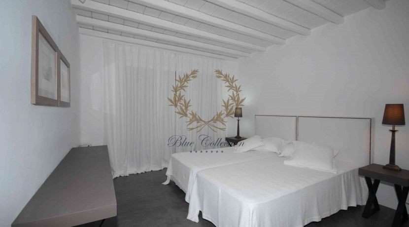 Mykonos Elia – Presidential Villa with Private Pool & Stunning views for rent (17)