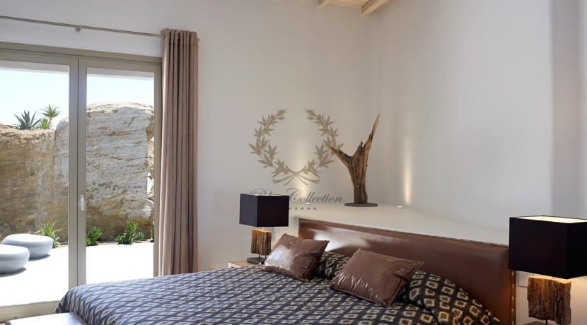 Mykonos - Paraga – Two Presidential Villas with Private infinity Pools & Stunning views for Rent p1 (20)