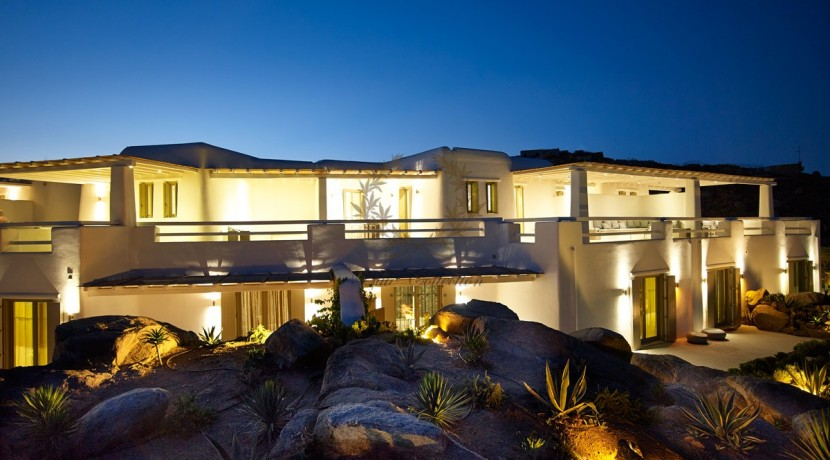 Mykonos - Paraga – Two Presidential Villas with Private infinity Pools & Stunning views for Rent p1 (39)
