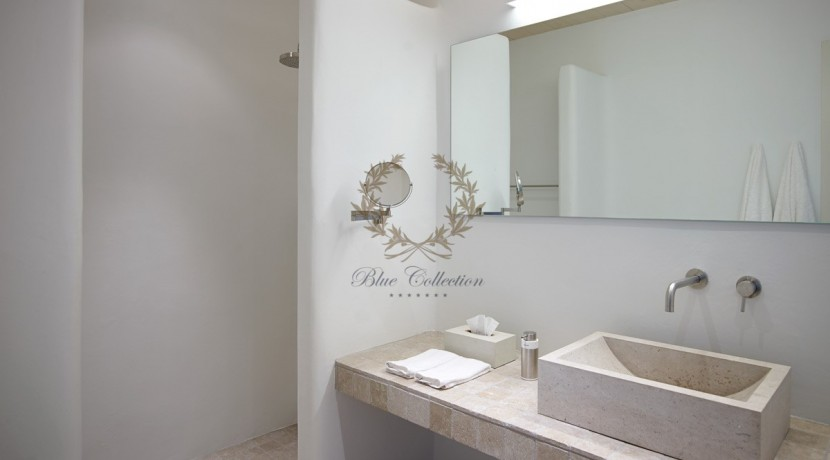 Mykonos - Paraga – Two Presidential Villas with Private infinity Pools & Stunning views for Rent p1 (43)