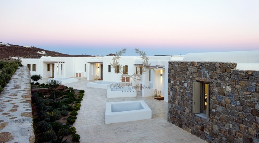 Mykonos - Paraga – Two Presidential Villas with Private infinity Pools & Stunning views for Rent p1 (64)