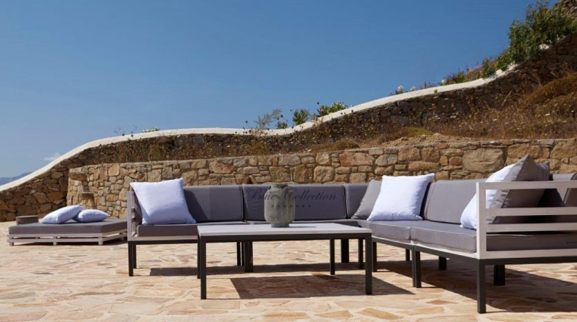 Mykonos-Superior-Villa-with-Private-Pool-Amazing-view-for-rent-16