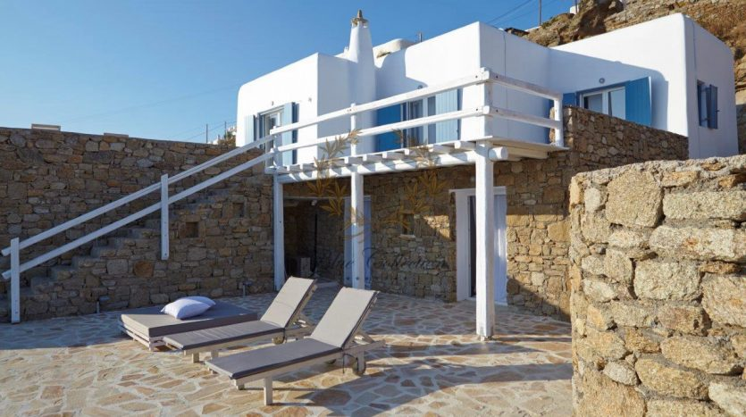 Mykonos-Superior-Villa-with-Private-Pool-Amazing-view-for-rent-18
