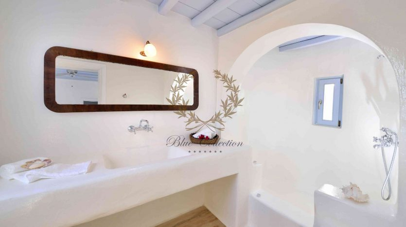 Mykonos-Lia-–-Presidential-Private-Villa-with-infinity-Pool-Stunning-views-for-rent-131