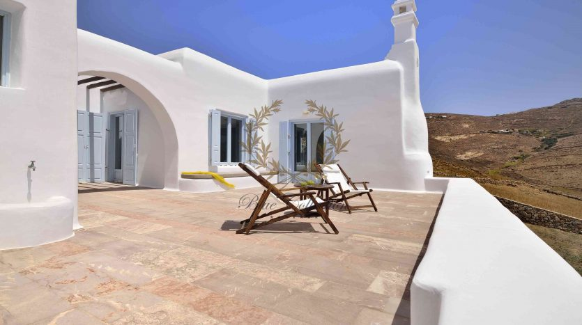 Mykonos-Lia-–-Presidential-Private-Villa-with-infinity-Pool-Stunning-views-for-rent-181