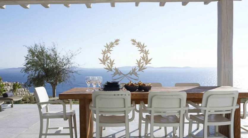 Mykonos-Choulakia-–-Private-Villa-with-Pool-Stunning-Views-for-Rent-www.bluecollection.gr-