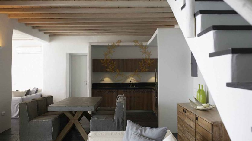 Mykonos-Choulakia-–-Private-Villa-with-Pool-Stunning-Views-for-Rent-www.bluecollection.gr-25