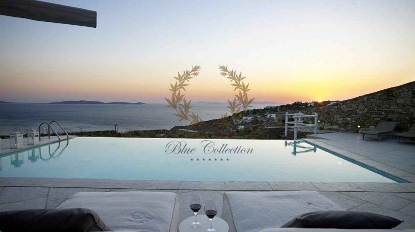 Mykonos-Choulakia-–-Private-Villa-with-Pool-Stunning-Views-for-Rent-www.bluecollection.gr-3