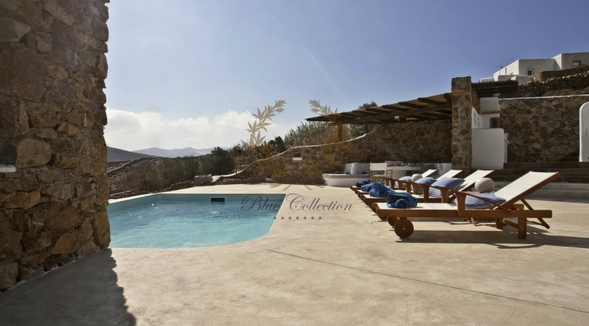 Mykonos - Panormos  Senior Villa with Private Pool & Sea View for Rent 1 (25)