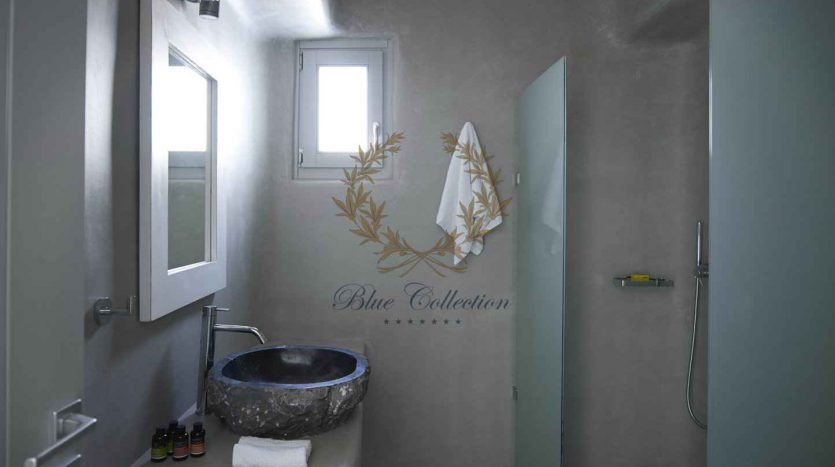 Mykonos-Choulakia-–-Private-Villa-with-Pool-Stunning-Views-for-Rent-2