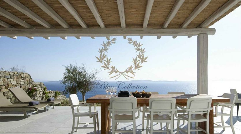 Mykonos-Choulakia-–-Private-Villa-with-Pool-Stunning-Views-for-Rent-11