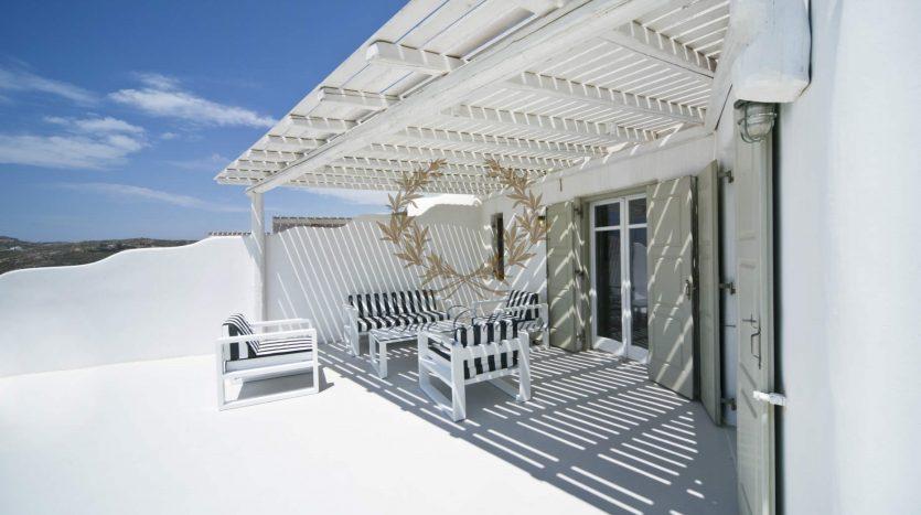 Bluecollection-Mykonos-Greece-Selective-Real-Estate-Luxury-Villa-Rentals-www.bluecollection.gr-1-31