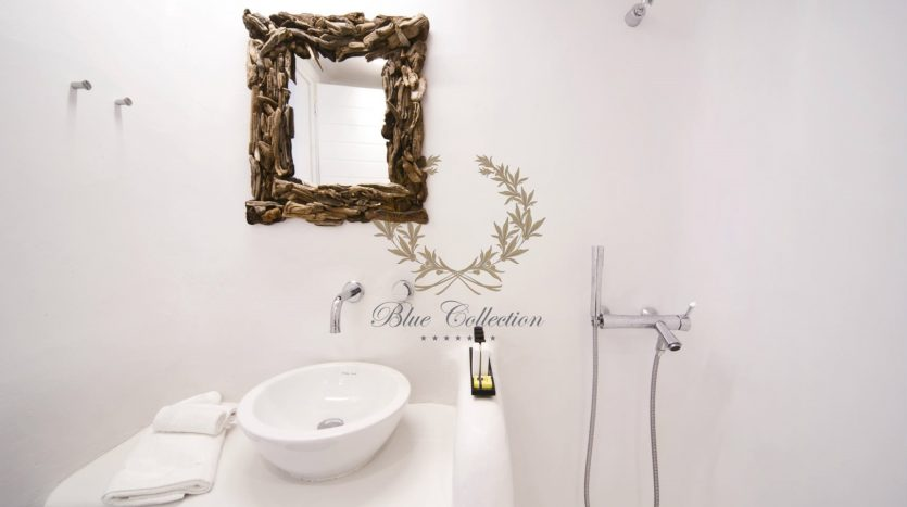 Bluecollection-Mykonos-Greece-Selective-Real-Estate-Luxury-Villa-Rentals-www.bluecollection.gr-1-42