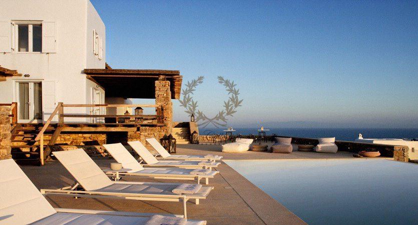 Bluecollection-Mykonos-Greece-Selective-Real-Estate-Luxury-Villa-Rentals-www.bluecollection.gr-2-23