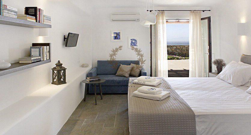 Bluecollection-Mykonos-Greece-Selective-Real-Estate-Luxury-Villa-Rentals-www.bluecollection.gr-2-6