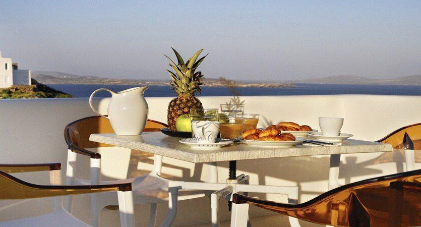 Bluecollection-Mykonos-Greece-Selective-Real-Estate-Luxury-Villa-Rentals-www.bluecollection.gr-3