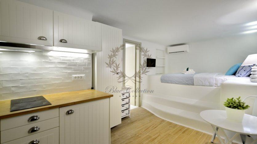 Blue-Collection-Mykonos-Greece-Selective-Real-Estate-Luxury-Villa-Rentals-Premium-Concierge-ELD5-25