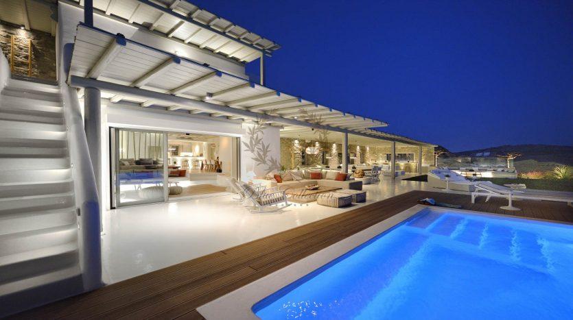 Blue-Collection-Mykonos-Greece-Selective-Real-Estate-Luxury-Villa-Rentals-Premium-Concierge-ELD5-30