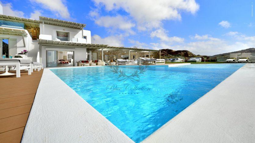 Blue-Collection-Mykonos-Greece-Selective-Real-Estate-Luxury-Villa-Rentals-Premium-Concierge-ELD5-33