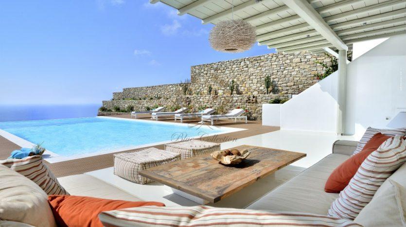 Blue-Collection-Mykonos-Greece-Selective-Real-Estate-Luxury-Villa-Rentals-Premium-Concierge-ELD5-34