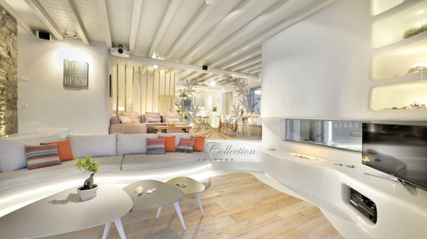 Blue-Collection-Mykonos-Greece-Selective-Real-Estate-Luxury-Villa-Rentals-Premium-Concierge-ELD5-43