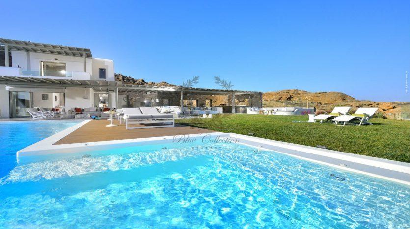 Blue-Collection-Mykonos-Greece-Selective-Real-Estate-Luxury-Villa-Rentals-Premium-Concierge-ELD5-5