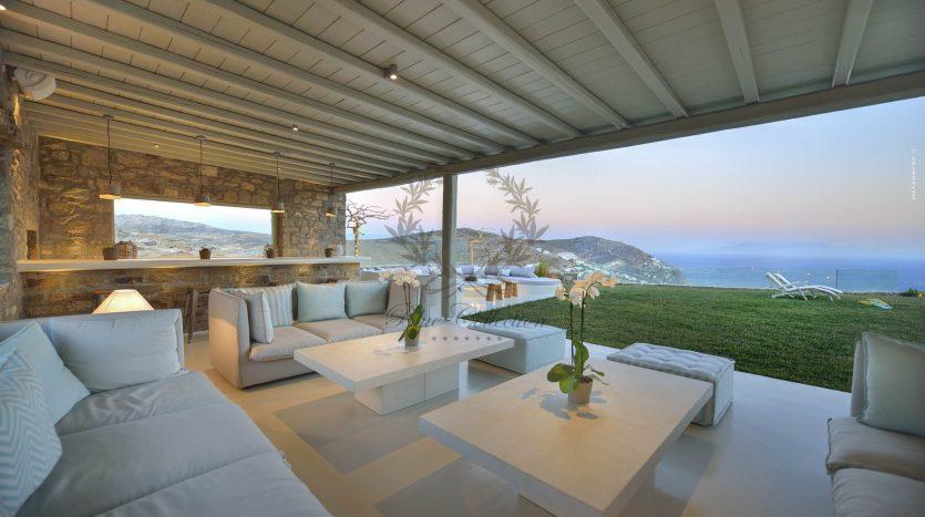 Blue-Collection-Mykonos-Greece-Selective-Real-Estate-Luxury-Villa-Rentals-Premium-Concierge-ELD5-7