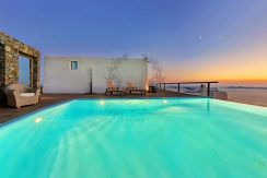 Private Villa for Rent in Mykonos – Greece | Kastro | Breathtaking view & Private Pool | Sleeps 12 | 5 Bedrooms |5 Bathrooms| | REF:  18041255 | CODE: Z4