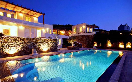 Mykonos - Greece | Ftelia – Private Villa with Infinity Pool for rent | Sleeps 10 | 5 Bedrooms |4 Bathrooms| REF: 18041276 | CODE: GLX-1