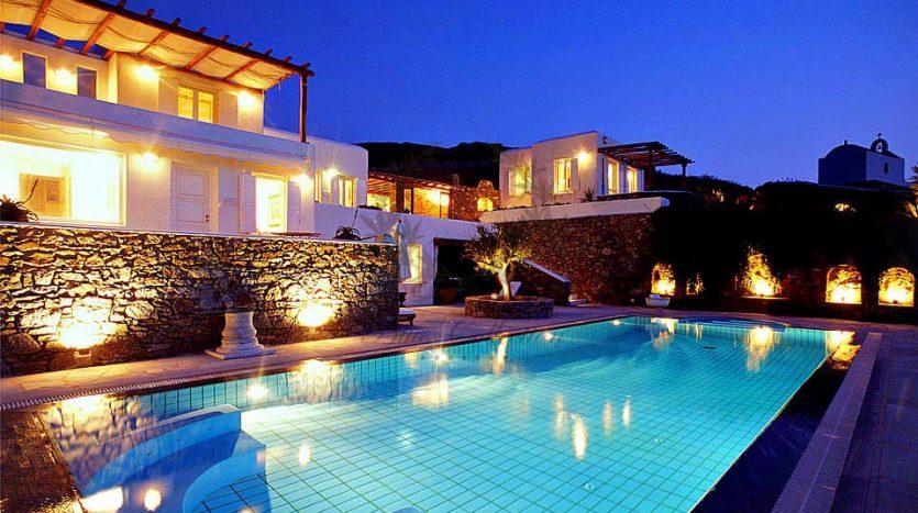 Mykonos-Greece-Ftelia-–-Private-Villa-with-Infinity-Pool-for-rent-Sleeps-10-5-Bedrooms-4-Bathrooms-REF-18041276-1-4
