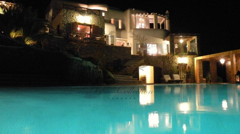 Mykonos-Greece-Agios-Sostis-Private-Villa-with-Private-Pool-Amazing-view-for-rent-CODE-AGS118