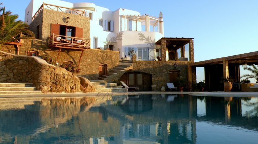 Mykonos-Greece-Agios-Sostis-Private-Villa-with-Private-Pool-Amazing-view-for-rent-CODE-AGS125