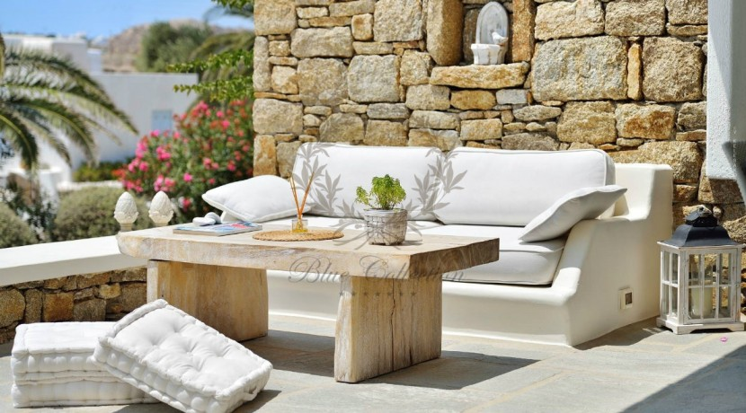 Mykonos - Greece  Lino – Cozy Villa with Shared Pool & Sea view for rent  CODE LIR1