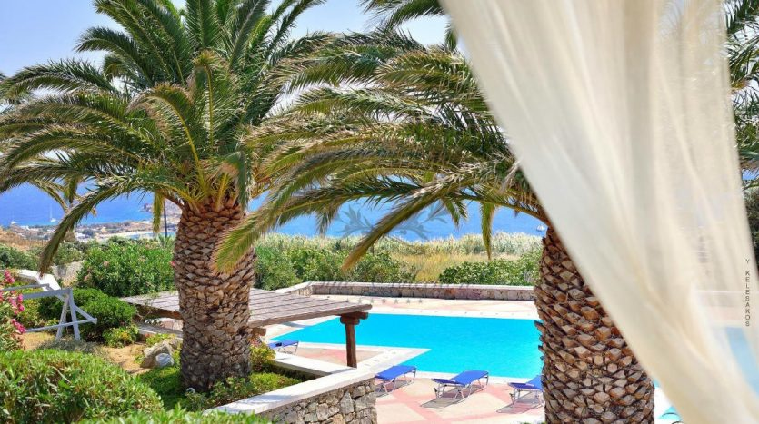 Mykonos-Greece-Lino-–-Cozy-Villa-with-Shared-Pool-Sea-view-for-rent-CODE-LIR1-2