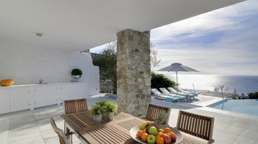 Private-Villa-for-Rent-in-Mykonos-–-Greece-Aleomandra-Private-Pool-Sea-view-Sleeps-10-5-Bedrooms-5-Bathrooms-REF-180412136-CODE-MAL-1-5