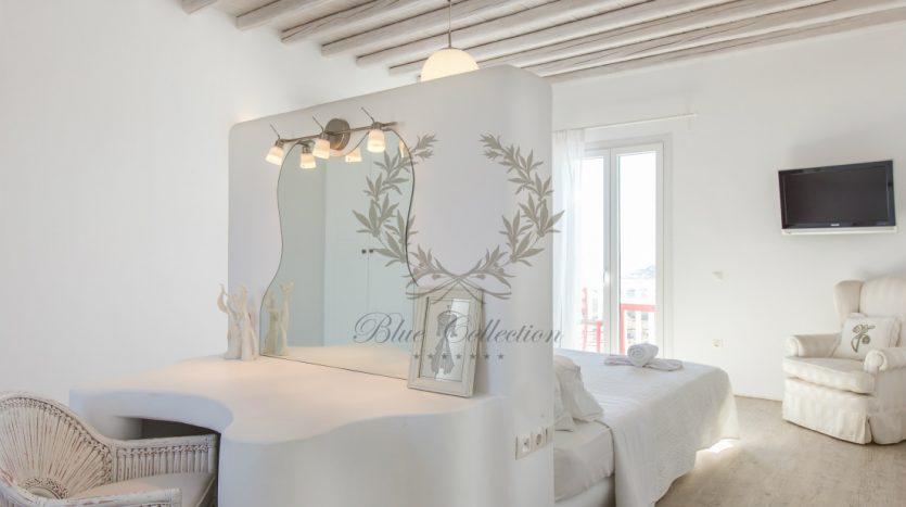 VIP-Villa-for-Rent-in-Mykonos-–-Greece-Kalafatis-Private-Pool-Sea-view-CODE-KFA-1-www.bluecollection.gr-35
