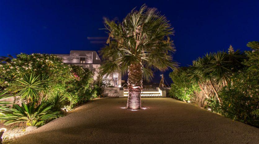 VIP-Villa-for-Rent-in-Mykonos-–-Greece-Kalafatis-Private-Pool-Sea-view-CODE-KFA-1-www.bluecollection.gr-27