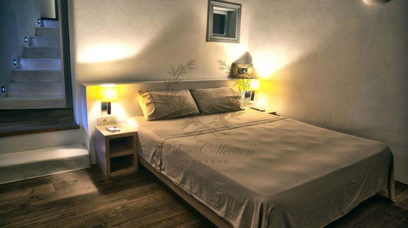 Private-Villa-in-Mykonos-Greece-for-Rent-www.bluecollection.gr-CODE-ELA-1-16