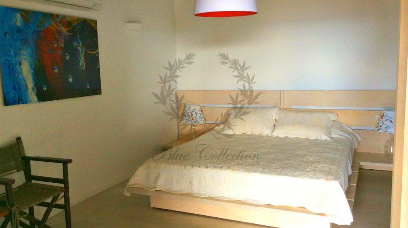 Private-Villa-in-Mykonos-Greece-for-Rent-www.bluecollection.gr-CODE-ELA-1-17