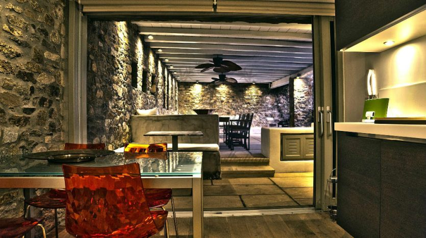 Private-Villa-in-Mykonos-Greece-for-Rent-www.bluecollection.gr-CODE-ELA-1-9