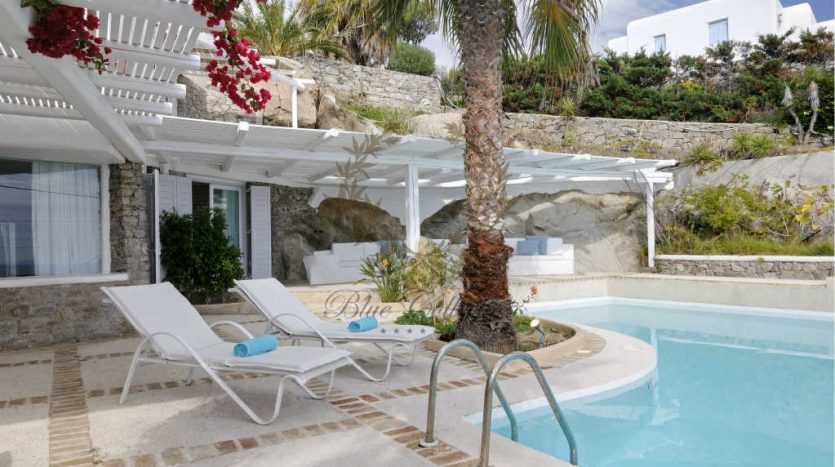 Private-Villa-for-Rent-in-Mykonos-–-Greece-Aleomandra-Private-Pool-Stunning-views-CODE-MAL-4-www.bluecollection.gr-21