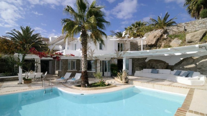 Private-Villa-for-Rent-in-Mykonos-–-Greece-Aleomandra-Private-Pool-Stunning-views-CODE-MAL-4-www.bluecollection.gr-18